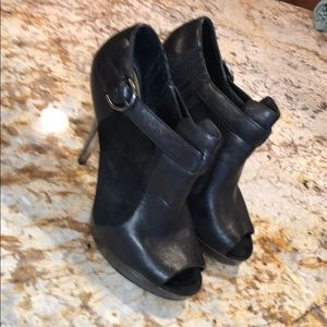 Amazing COACH open toe black Leather/ suede shoes